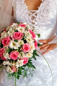 wedding bunch of flowers fiancee enrapture our beauty